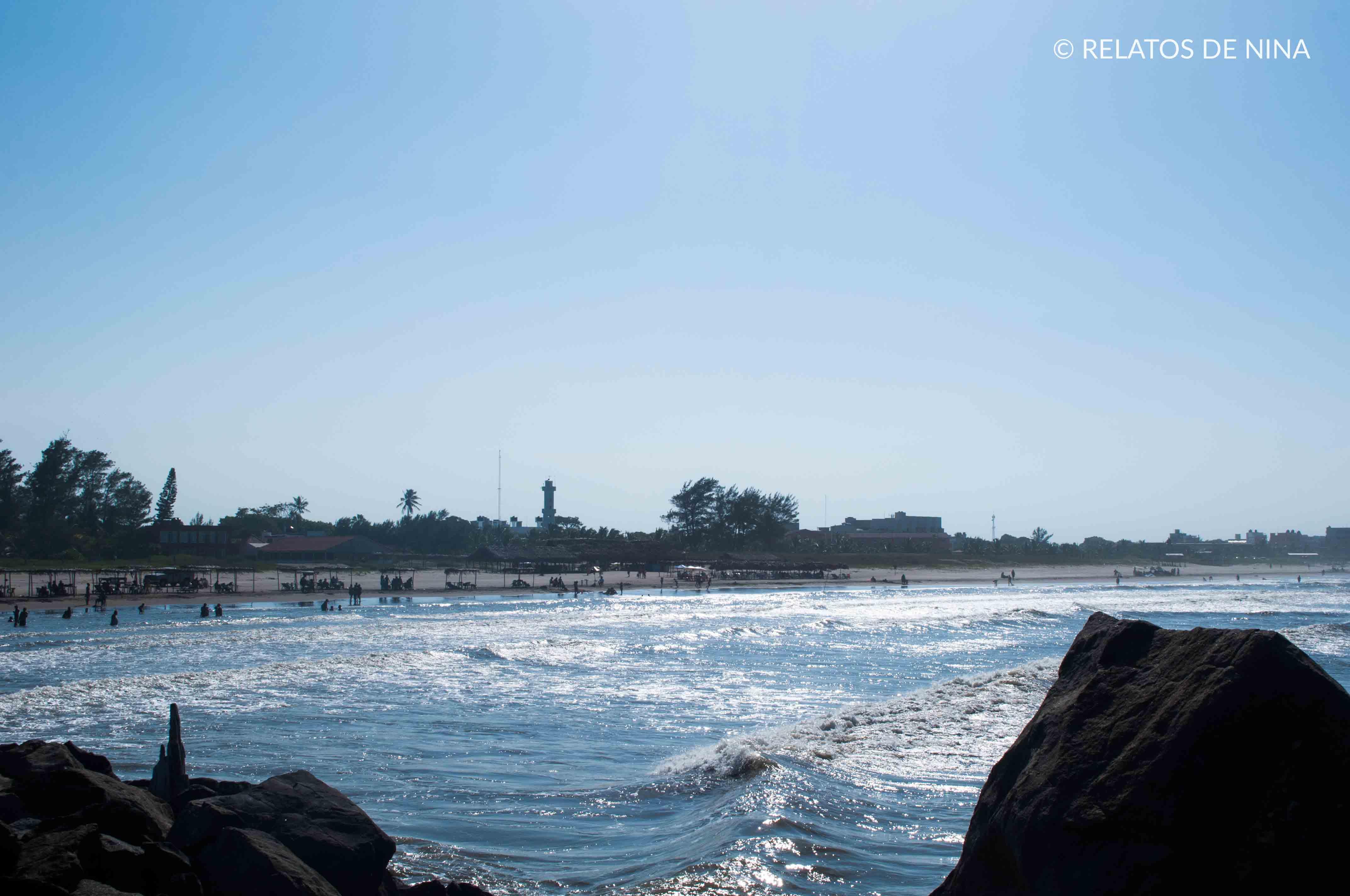 vista lejana de la playa de tecolutla veracruz